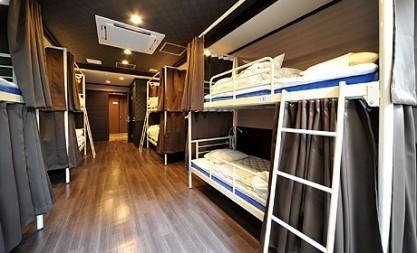def_hostel-dorm-417x253.jpg